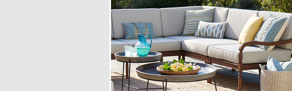 Rattan Patio Furniture - Patio Living Rooms - Modern Outdoor Living Trend Collection