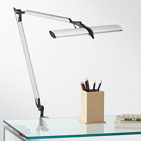 Learn the best desk lamp placement